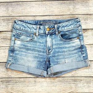 Light Wash Midi Jean Shorts size 6